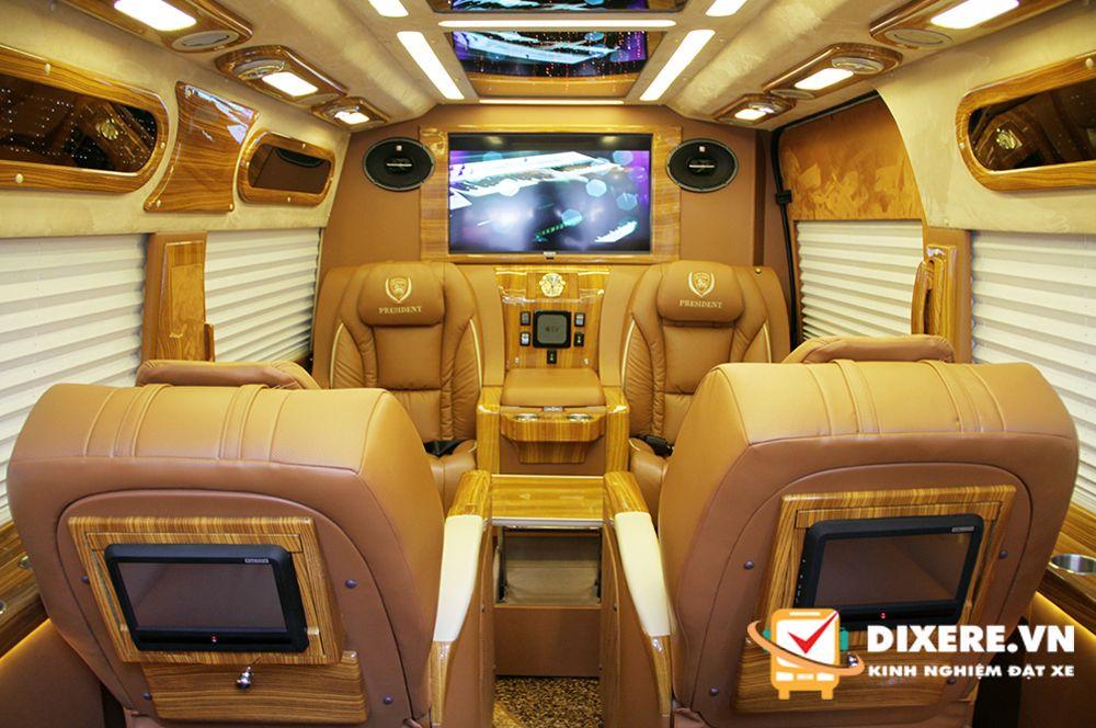 limousine 9 chỗ đi Đà Lạt