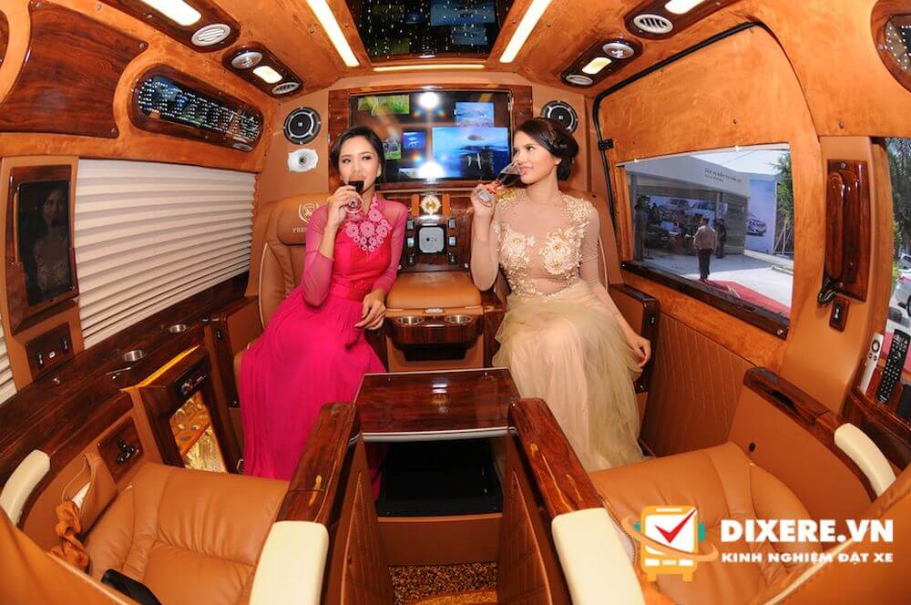 Limousine Hà Nội đi Hạ Long