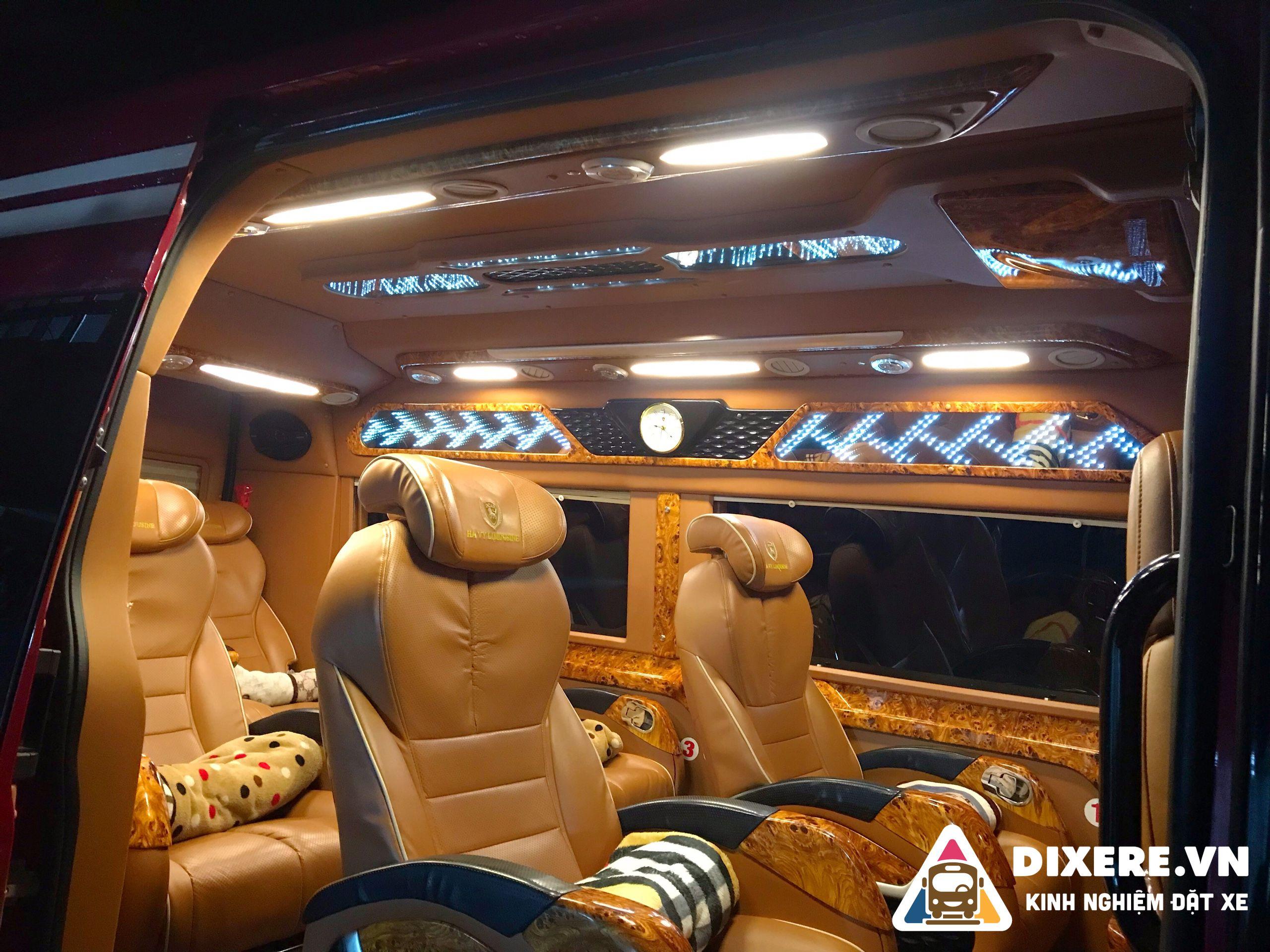 Hà Vy Limousine 1
