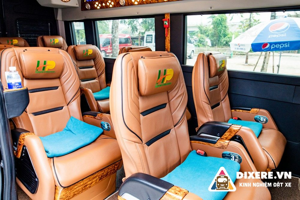 Limousine Hoàng Phú 2