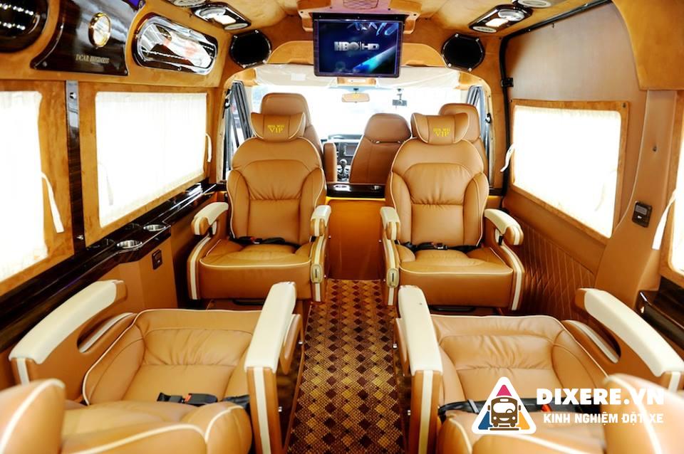 Xe Limousine Thành Nam