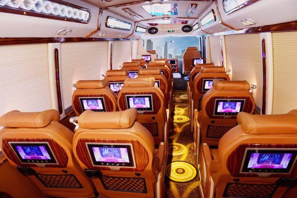xe limousine 15 chỗ thảo hồng
