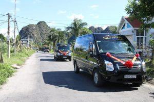 """Xe limousine Ninh Bình đi Hạ Long – Top """"chuyên cơ mặt đất sang trọng"""""""