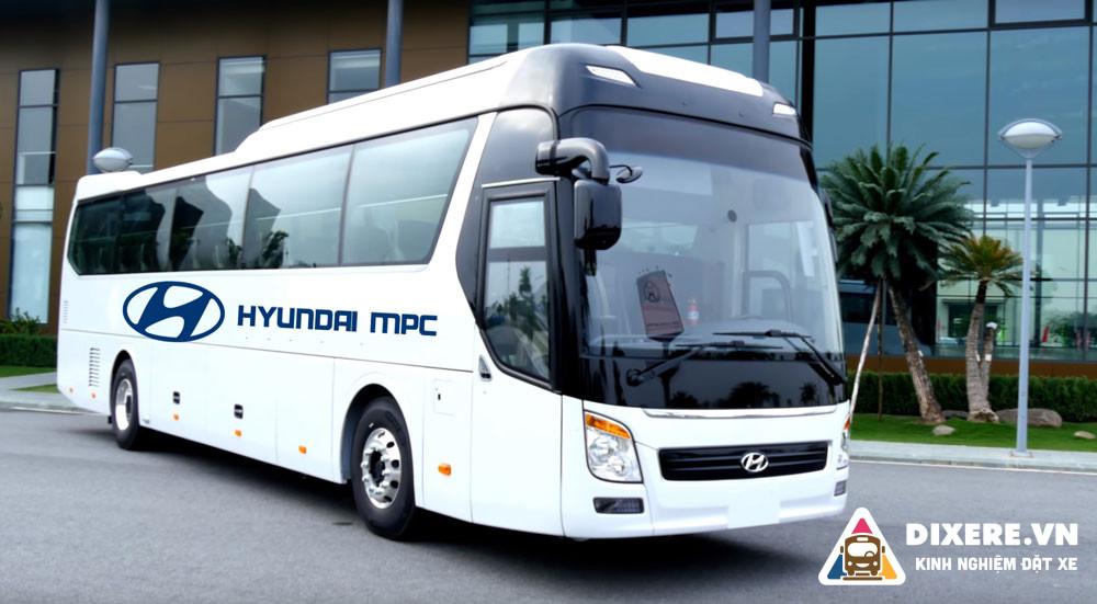Xe Khach Hyundai 47 Cho