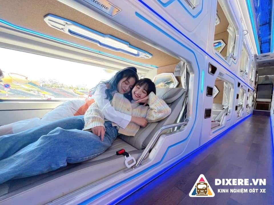 xe limousine phong phú